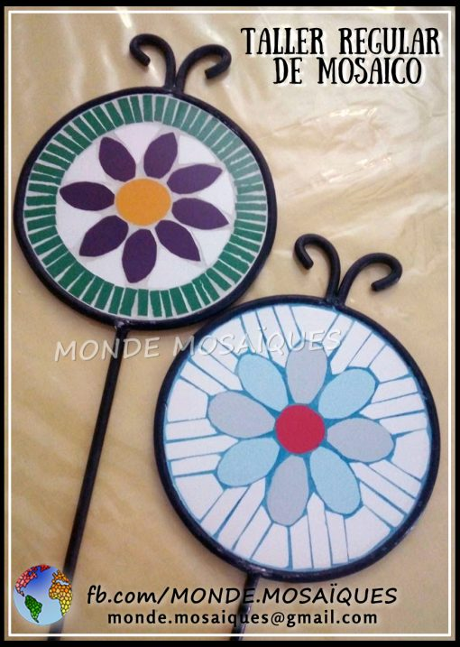 Tutores mosaiquismo flor