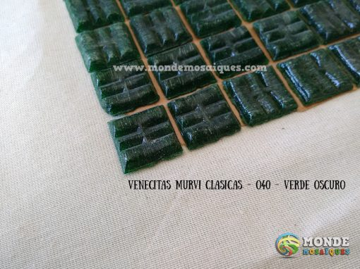 venecitas verde oscuro
