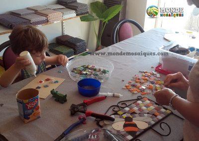 Futuro mosaiquista trabajando :)