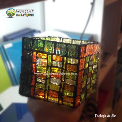 venecitas traslucidas sobre vidrio