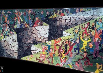 La Grieta - Mosaicon con piedra y azulejos