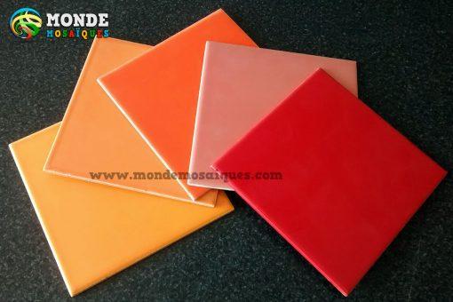 Azulejos naranja rojo coral
