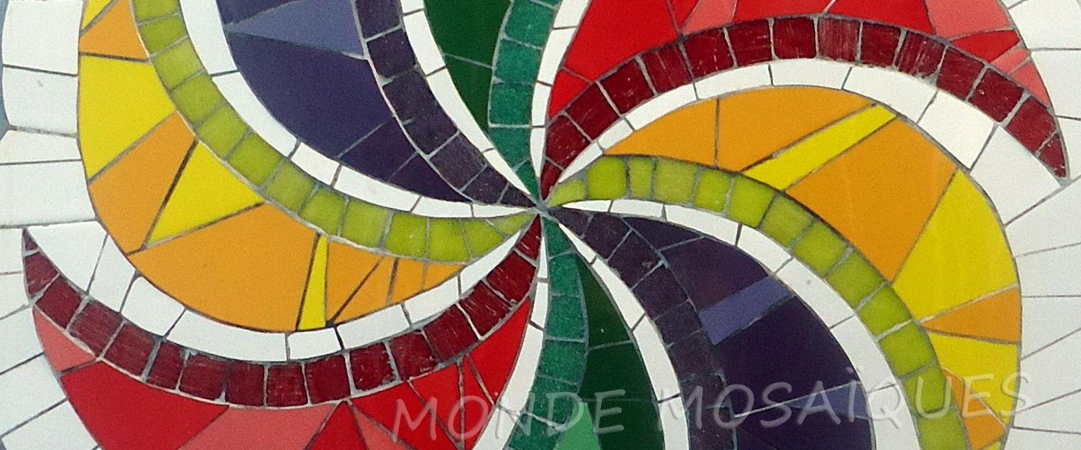 mandala en mosaico espiral