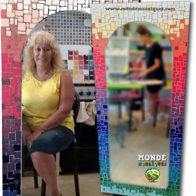 Espejo con azulejos sobre mdf